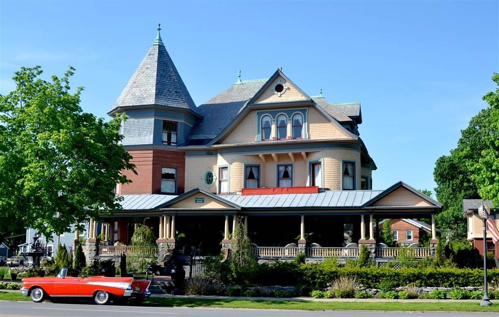 55 union av saratoga s ny 12866 for Luxury hotels in saratoga springs ny