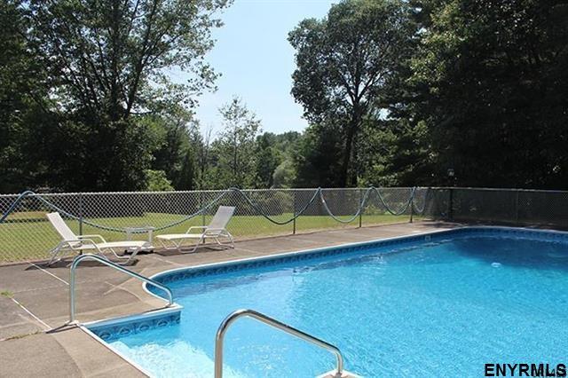 Saratoga Springs image 25
