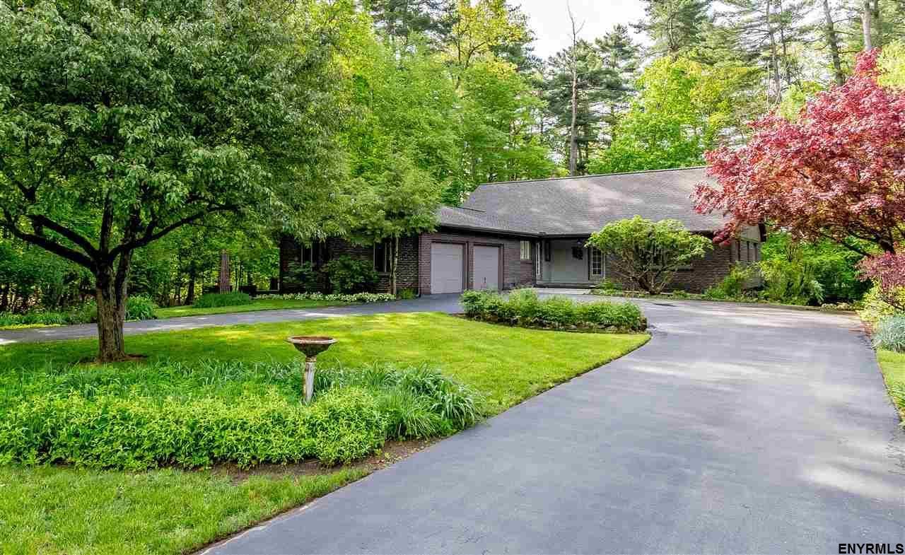 Saratoga Springs image 2