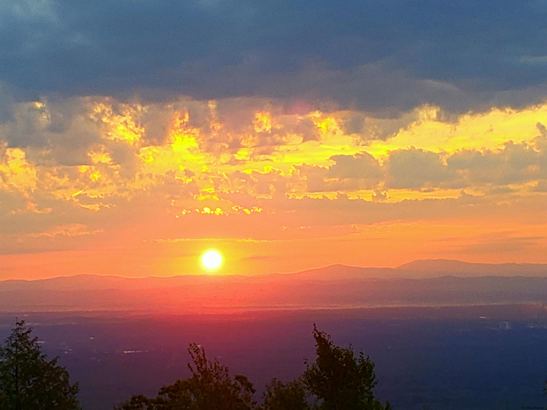 Lake Lazur image 42