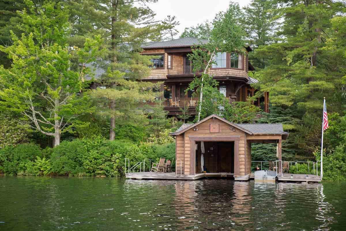 Lake Placi image 54