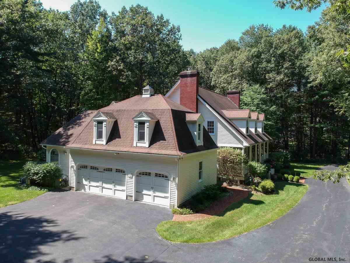 Saratoga Springs image 33