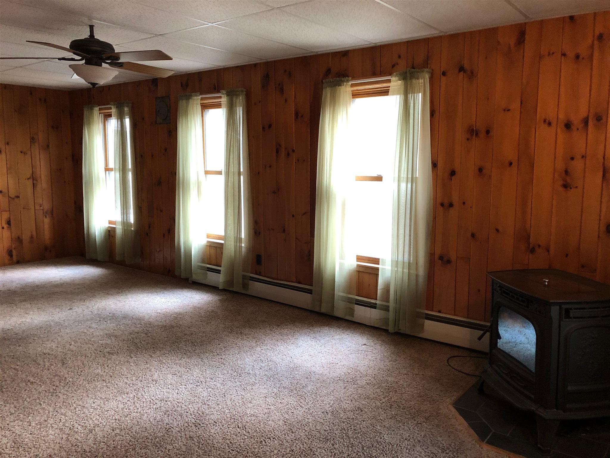 2892 Schroon River Rd, Warrensburg, NY 12885