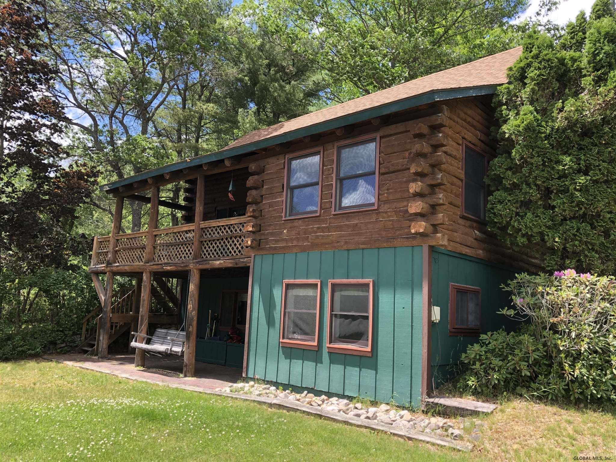 69 Palisades Rd, Brant Lake, NY 12815