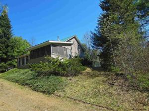 2647 Garnet Lake Rd, Johnsburg, NY 12843