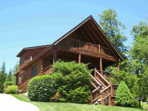 3210 Lake Shore Dr, Lake George, NY 12845