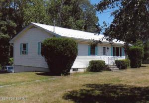 66 Mettowee St, Granville, NY 12832
