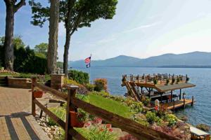12 Little Bay La (pvt), Lake George, NY 12845
