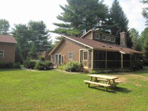 59 Justamere La, Warrensburg, NY 12885