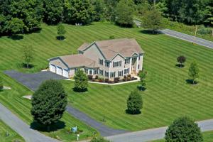 6 Oak Valley Way, Queensbury, NY 12804