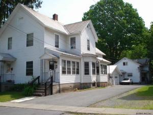 11 Traver St, Glens Falls, NY 12801