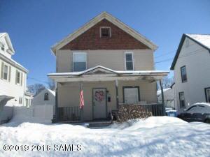 17 Murdock Av, Glens Falls, NY 12801