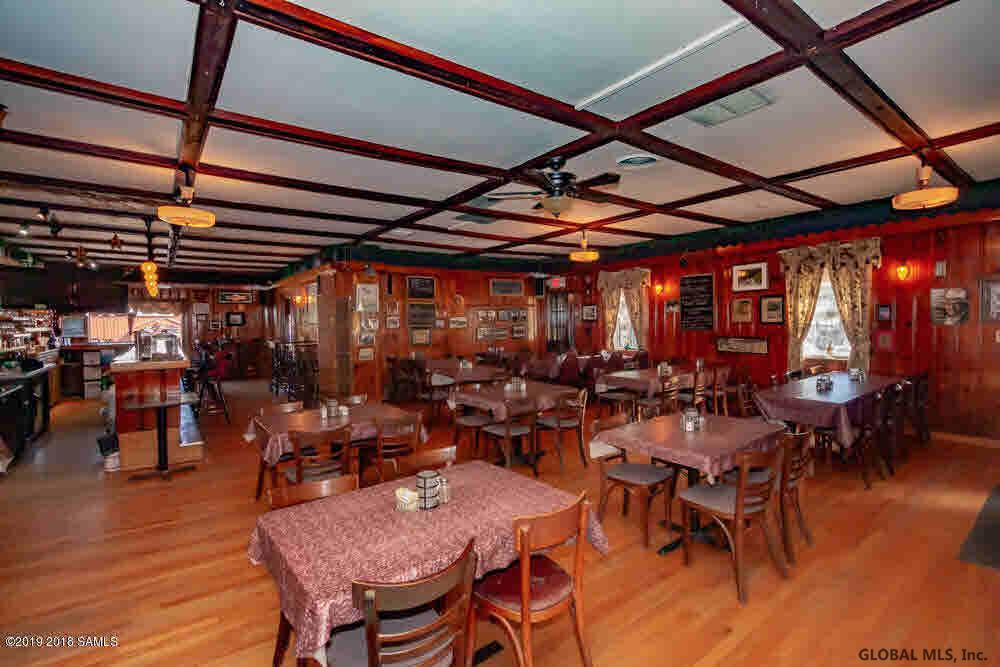 Saratoga Springs image 22