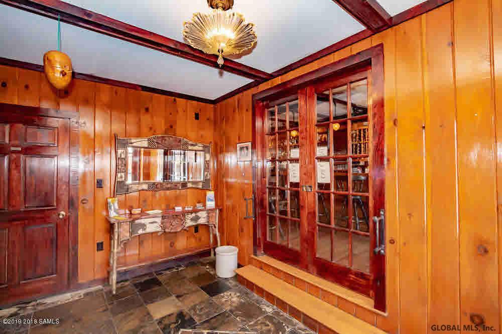 Saratoga Springs image 26