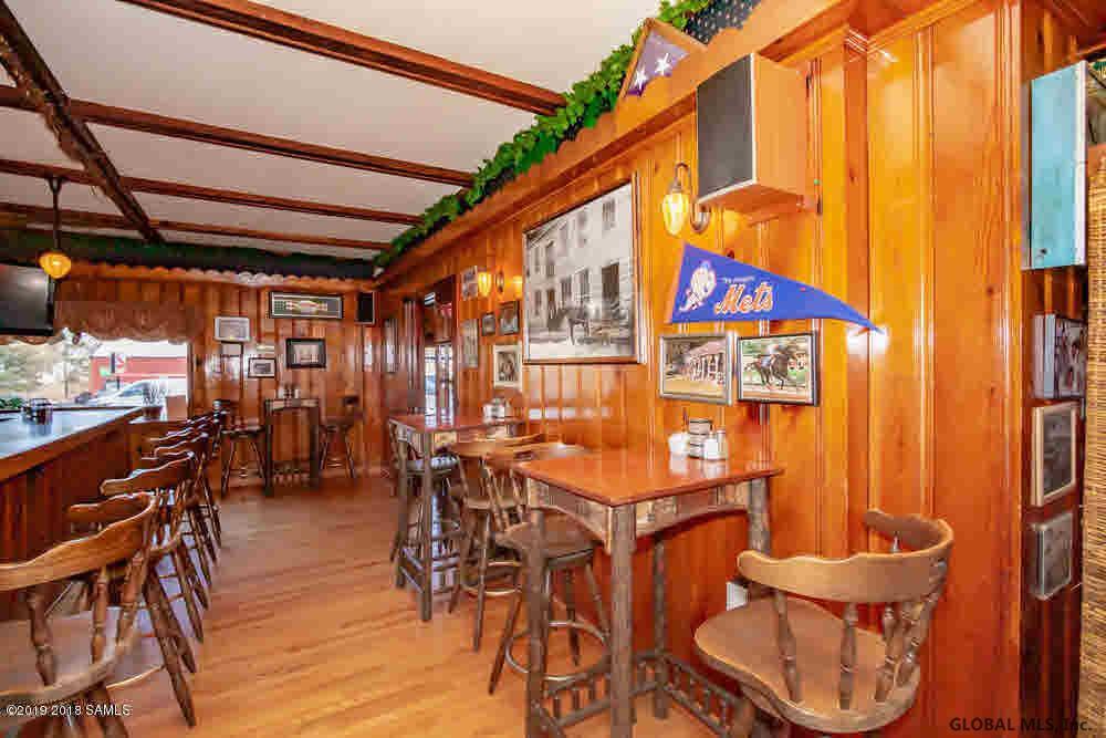 Saratoga Springs image 9
