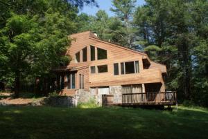 274 New Vermont Rd, Bolton Landing, NY 12814