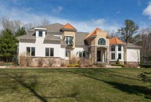 3 Walden La, Saratoga Springs, NY 12866