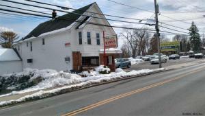 408 Rosa Rd, Schenectady, NY 12308-1726