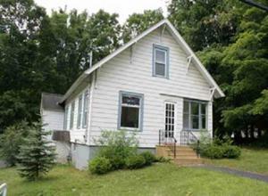 368 Lake Av, Saratoga Springs, NY 12866