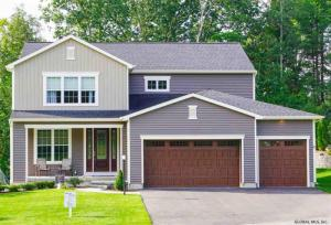 Penfield Dr, Rexford, NY 12148