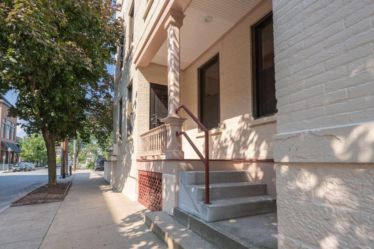 Saratoga S image 5