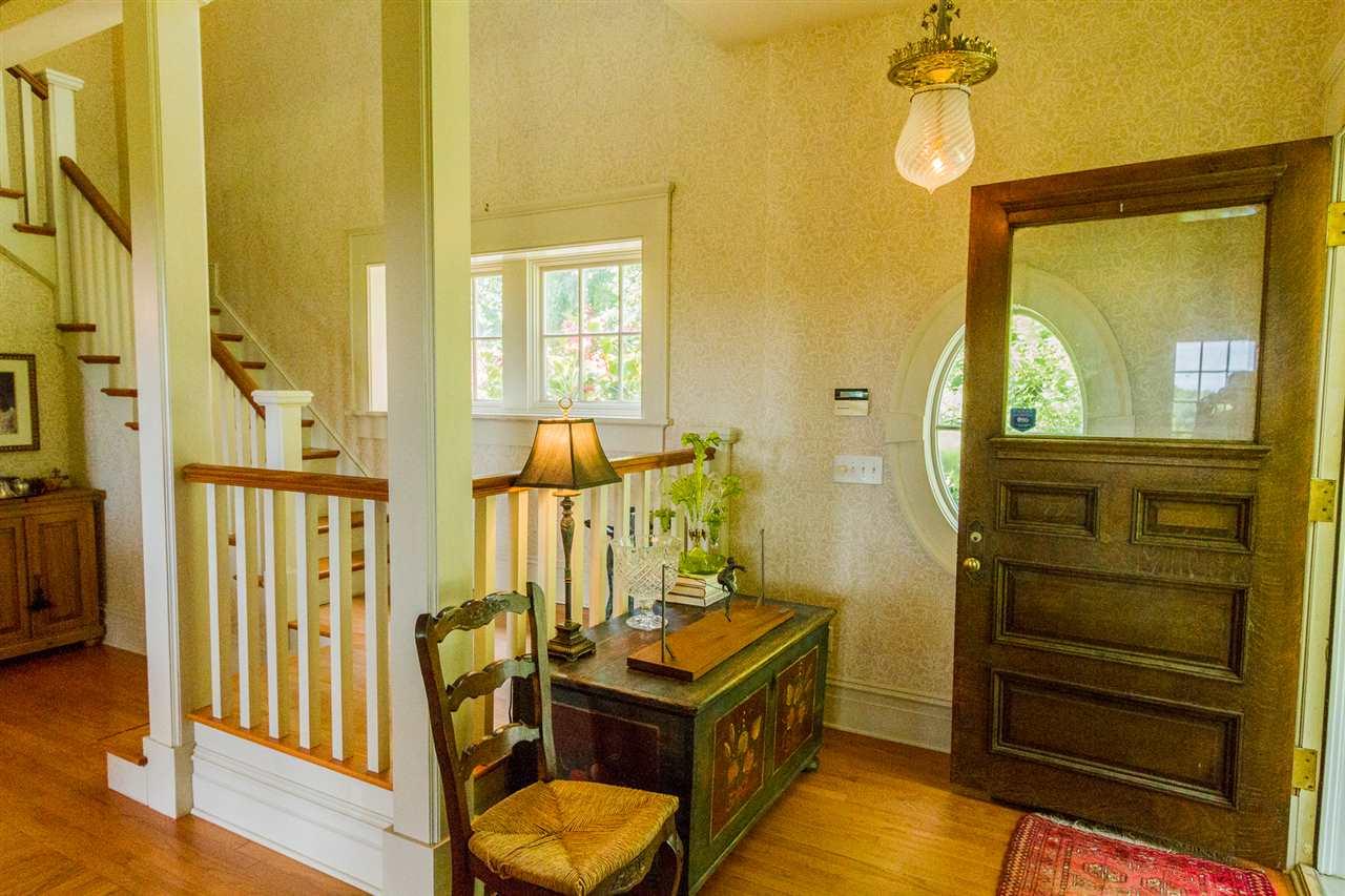 Saratoga S image 15