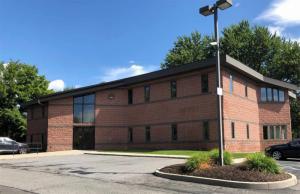4 Springhurst Dr, East Greenbush, NY 12061