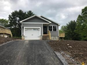 29 Walnut Av, Johnstown, NY