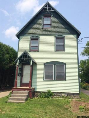 205 Division St, Saratoga Springs, NY 12066