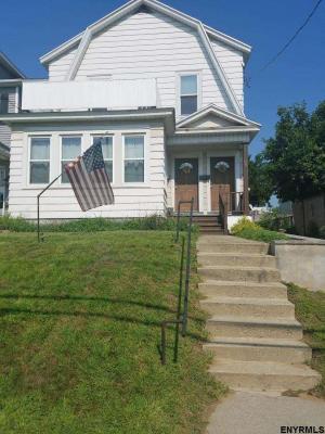 98 Eileen St, Albany, NY 12203