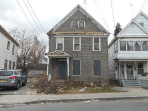 1106 Chrisler Av, Schenectady, NY 12303