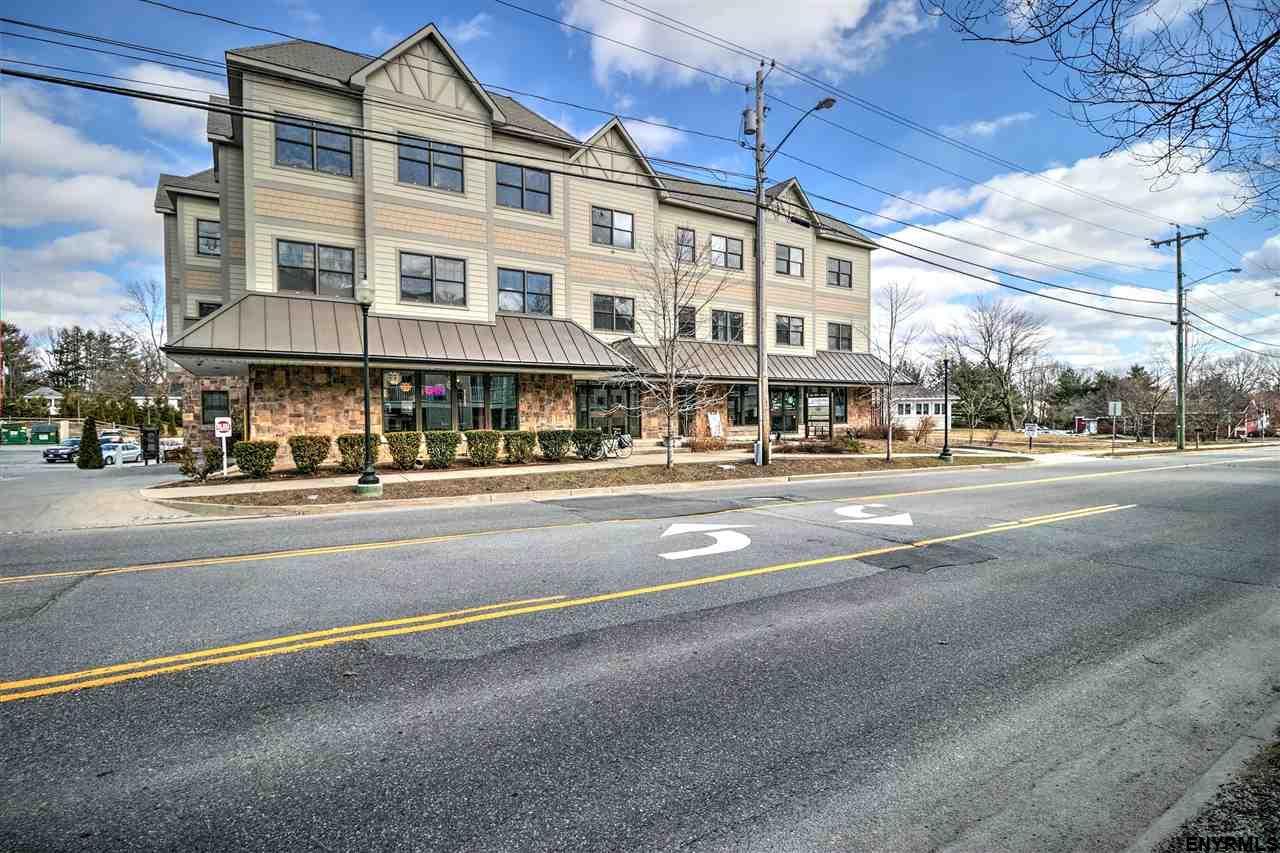 Saratoga Springs image 27