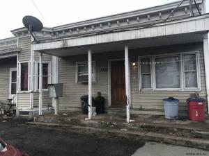 1002 Davis Ter, Schenectady, NY 12308