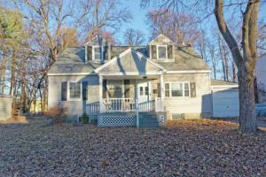 1031 Wavell Rd, Schenectady, NY 12303