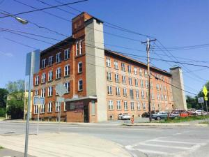 25 Ontario St, Cohoes, NY 12047