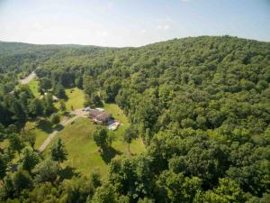 1414 State Route 82, Ancram, NY 12502