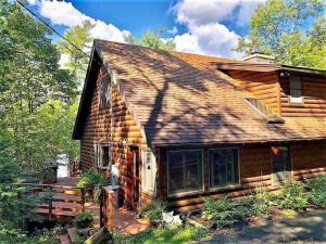 745 Adirondack Rd, Schroon Lake, NY 12808