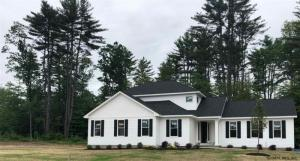 21 Catalina Dr, Ballston Spa, NY 12020