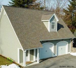 2004 West Old State Rd, Altamont, NY 12009-5404