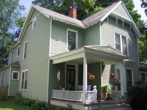 31 Madison Av, Saratoga S, NY 12866-3517