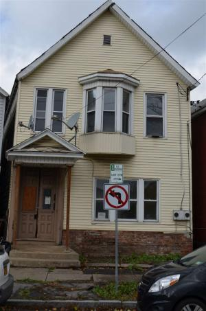 313 Front St, Schenectady, NY 12305