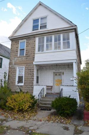 1218 Webster St, Schenectady, NY 12303-1928