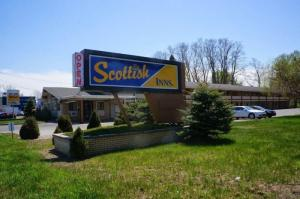 1384 Central Av, Albany, NY 12205-5115