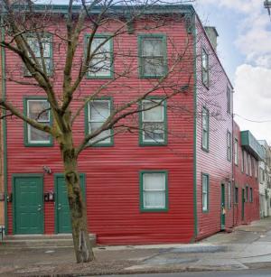 372 Madison Av, Albany, NY 12210-1859