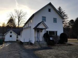 475 Maple Av, Saratoga Springs, NY 12866