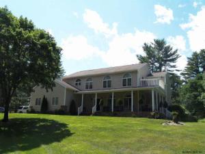 120 Edie Rd, Saratoga Springs, NY 12866