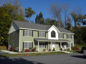 21 Mercer St, Waterford, NY 12188
