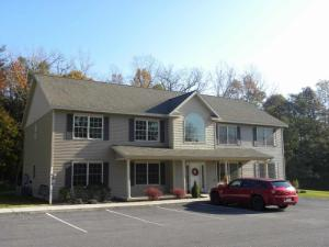 22 Mercer St, Waterford, NY 12188