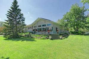2326 Weast Rd, Pattersonville, NY 12137-2921