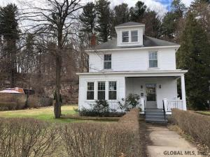 739 Central Pkwy, Schenectady, NY 12309